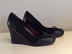 Tommy Hilfiger Suede Wedges - Womens 8M