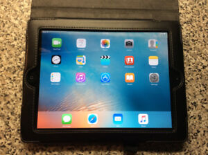 """SMART CASE """"GENUINE LEATHER"""" for IPad 2&3–in NEW condition—$10"""