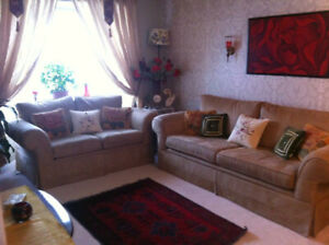 Sofa Set & Ottomon for sale! Must go quick!