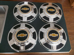 1973 to 1987 Chev 3/4 & 1 ton truck hubcaps ..... beauties