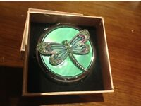 Vintage style Butterfly Mirror Compact