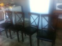 Table and four chairs 150$ need gone by friday!
