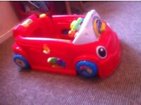 Fisher. PRICE crawl and learn car