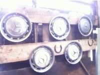 5 Classic Mercedes wheel trims