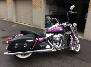 Harley- Davidson road king classic