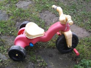 tricycle en plastique