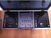 Pioneer cdj1000 pair mk3 £550 . Tel: 07466 367293