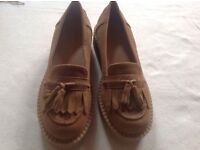 Brand new New look ladies low wedge shoes tan colour size 4/37 new loafers