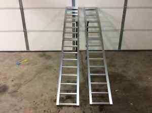 arched folding aluminum loading ramps 1500lb combined capacity
