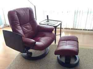 Ekornes Stressless Leather Recliner with Table