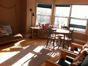 Four Bedroom apartment for summer sublet