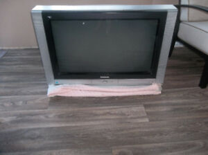Selling 34inch Panasonic TV