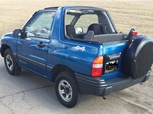 Tow Behind Vehicle - 2000 Chevrolet Tracker Convertible
