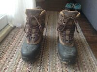 Mens Boots - North Face (priced to sell)