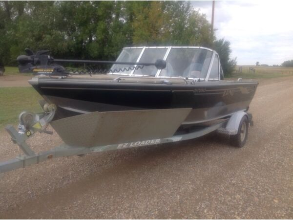Used 2001 Lund Boat Co Pro Sport 1600 Adventure