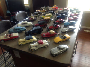 32--1:24 scale precision crafted replica model cars