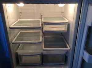 Very large,top quality,efficient great for commercial use fridge Kitchener / Waterloo Kitchener Area image 2