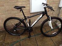 Saracen tufftrex mountain bike