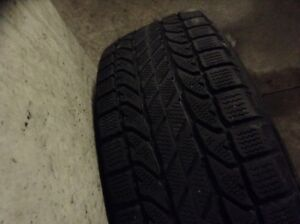 Winter tires 225/70/16 with mags excellent condition