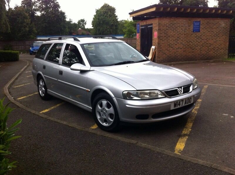 vauxhall vectra estate 2000 w reg 1 8 petrol 5 speed. Black Bedroom Furniture Sets. Home Design Ideas