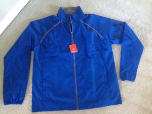 NEW...Runners' nylon lite weight jacket....men's size L