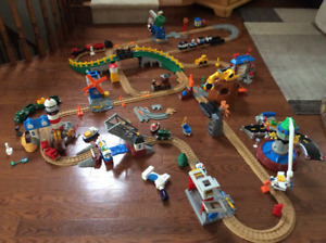 For sale: Fischer Price Geotrax Train Set