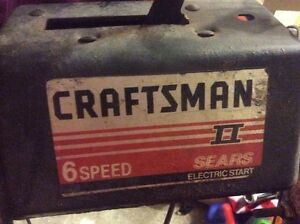 SOUFLEUSE A VENDRE,CRAFTSMAN 6 SPEED, ELECTRICAL START, 10/28 BO