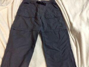 North face pants/ shorts London Ontario image 4