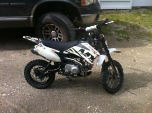 Pitster Pro MX 110ss dirt bike