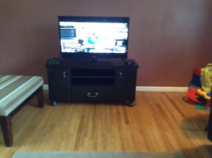 New TV Stand And Full length bedroom standalone mirror