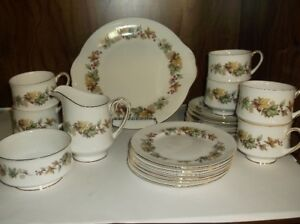 ROYAL STANDARD TEA SET