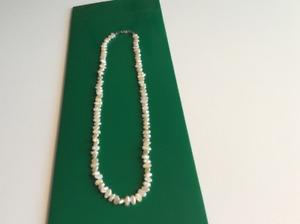 Collier en perles d'eau douce