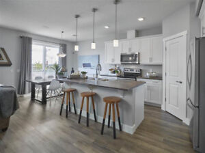 The Orchards - Beautiful New 3 Bed + Den, 2.5 Bath Home