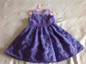 One time worn girl dress size 5T