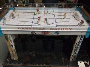 CANADIAN HOCKEY GAME COFFEE TABLE