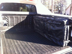 CADILLAC ESCALADE EXT CHEVY AVALANCHE HARD PANEL BED COVER STORA