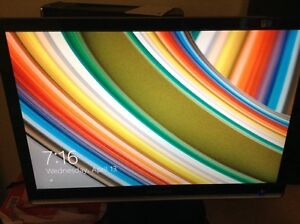 """Large Samsung 22"""" LCD Monitor Works Perfectly!"""