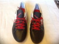 Men's Football blades sondico used £2