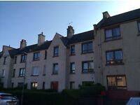 Granton EH5 1JQ: 2 bedroom top floor flat