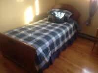 Single antique bed