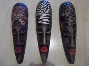 3 masques africains
