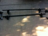 Yakima cross bars for cars and sub