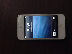 Used ipod 4th Gen 8GB for sale Cambridge Kitchener Area image 1
