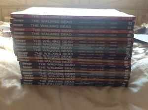 WALKING DEAD HARDCOVER COMICBOOK SET - 1-10 MINT London Ontario image 3
