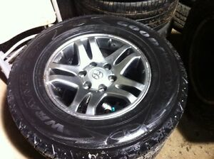 26570R17 set of 4 winter on aluminum rims came off 05 Sequoia