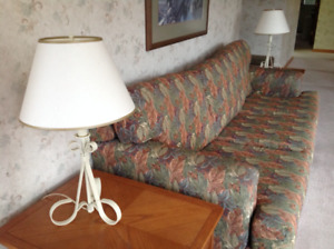 2 living room table lamps or bedroom table lamps