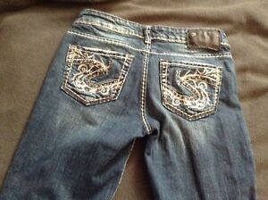 Ladies size 24 Silver jeans!!