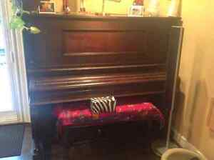 Electric. PLAYER.  PIANO.  and. 100  rolls