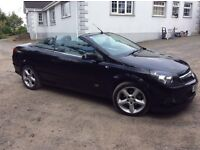 Vauxhall Astra Twintop convertible, not Megane, Peugeot, Toyota