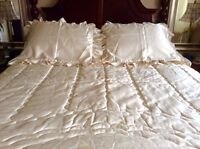 Bedspread (4 pieces) for double/queen sized Bed